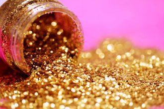 隨著黃金價格日漸上升,越來越多朋友在黃金變現時卡關,不知道在銀樓賣黃金是否可以獲得合理的報價。需要周轉時,想以黃金換現金卻不知道該怎麼換、對黃金價格跟重量沒有概念嗎?另外,當手中黃金有特殊紀念性,希望保留時,除了銀樓之外,其實當鋪也不失為一個好選擇。