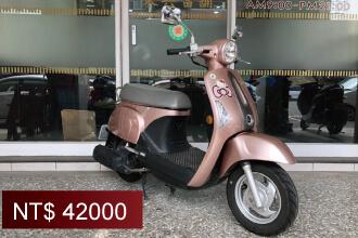 【流當機車】光陽KYMCO MANY 110,廠牌:光陽KYMCO,CC數:110,出廠年份:2017年02月,規格顏色:粉紅色,特點:公里數3200km。