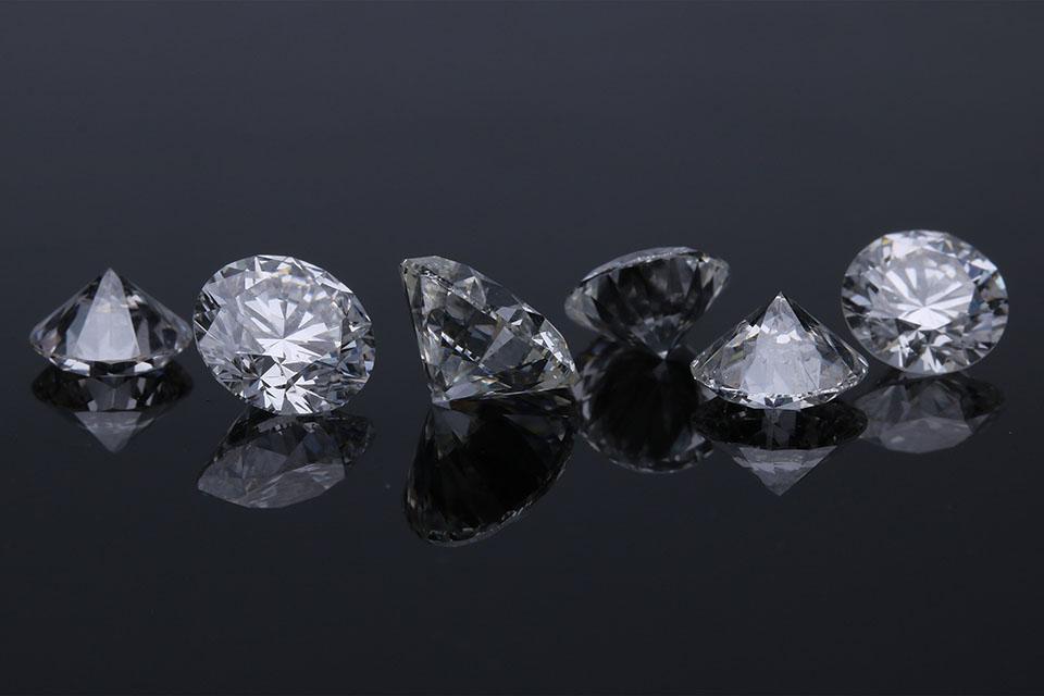 50分鑽石價格是多少?讓台中高價收購鑽石估價專家告訴你!